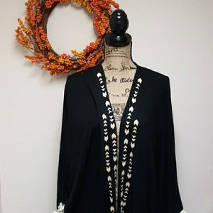 Charlotte Russe rug Kimiono sweater